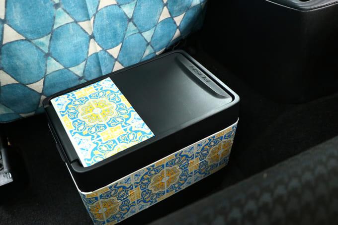 04車内ゴミ箱 (1)